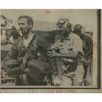 1965 Press Photo Navy Airmen Plucked from Sea