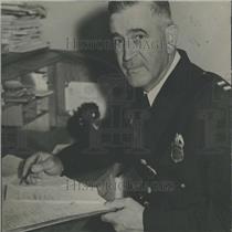 1932 Press Photo Captain Frank Campbell