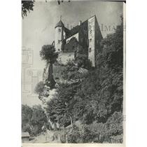 1930 Press Photo Armor Clad Knights Hotel