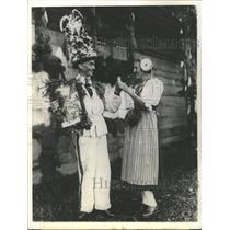1937 Press Photo Bulls eye Reviva crossbow tournament