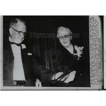 1962 Wire Photo Mr. and Mrs. John H. Glenn Sr. pictured after a news conference