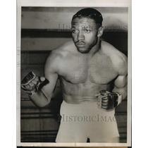 1954 Press Photo Boxer Charley Powell Training in San Francisco - lfx01683