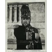 "1961 Press Photo Actor Peter Ustinov in ""Romanoff and Juliet"" Movie - lfx03340"