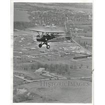 1971 Press Photo Dale Crites of Waukesha, Wisconsin, Flies a 1929 Davis D-1-W