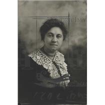 1922 Press Photo Mary Kryoisk-Assembly Woman in Milwaukee, Wisconsin - mjx23564