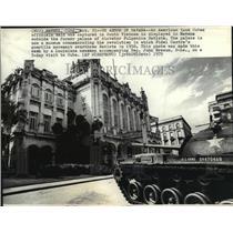 1975 Press Photo US Military Tank in Havana, Cuba at Palace of Fulgenico Batista