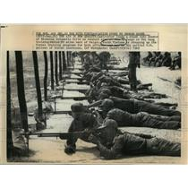 1969 Press Photo Chi Lang, Vietnam Military Training Center Firing Range