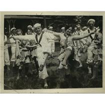 "1918 Press Photo Pelham Bay, New York Jackies Dance for ""Biff Bang"" - ftx00308"