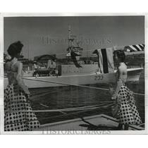 1959 Press Photo Barclay Dancers Wave to HMCS Fraser, Pier 91, Seattle