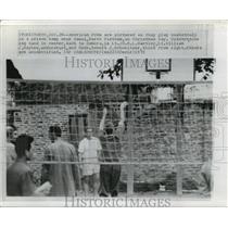 1970 Press Photo US POWs Play Basketball, Hanoi, North Vietnam Prison Camp