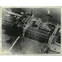 1932 Press Photo Aerial View of Welfare Island, New York City During Prison Riot