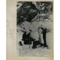 1963 Press Photo Mount Everest American Expedition Members on Khumbu Glacier