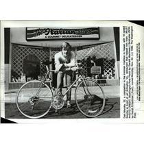 1982 Press Photo Dan Murphy Ironman triathlon in Hawaii - ora62219