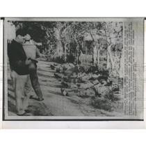 Press Photo Militia Man with Piston in Manzanille