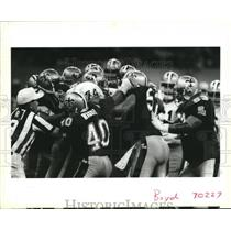 1990 Press Photo New Orleans Saints and 49ers Players Fighting - noa01041