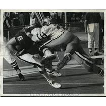 1972 Press Photo New Orleans Saints - Saints Defense Sack Eagles John Reaves