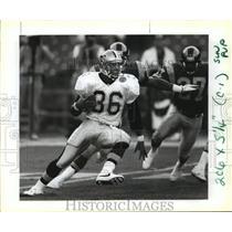 1991 Press Photo New Orleans Saints- RB Stanford Jennings runs back a kick-off.