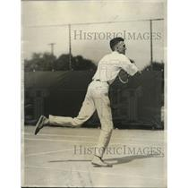 1926 Press Photo Waltz Hoover Of Cleveland Ohio While Playing Tennis - net32287