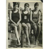 1925 Press Photo Swimmers Zelda Johnson, Ann Mair and Elizabeth Magee