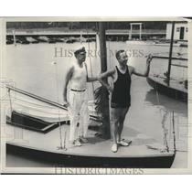 1935 Press Photo Dave Hooper & boat racer Spike Stafford - net32937
