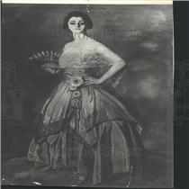 1923 Press Photo Mrs Sydig Hoyf Art Design Costume Snap