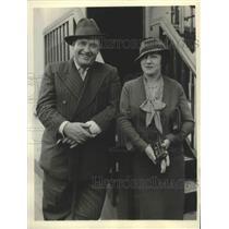 1933 Press Photo Tenor John McCormack with Wife in London, England - ftx02648