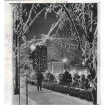 1967 Press Photo Washington Avenue, Minneapolis, Minnesota in Snow - ftx02266