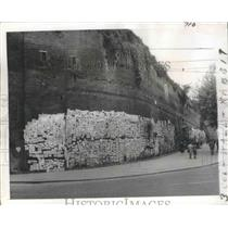 1954 Press Photo Madonna of Divine Love Wall, Rome, Italy - ftx02116