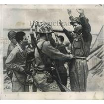 1950 Press Photo North Korean Soldiers Searched by United Nations Soldiers