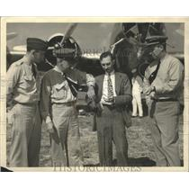Undated Press Photo Members of the crew of the Army Air Corps Flying Fortress