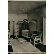 1924 Press Photo Interior House Bed Study Lamp Chair