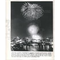 1957 Press Photo Japanese Pyrotechnics Contest Firework