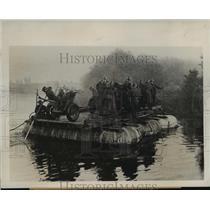 1941 Press Photo Soviet Soldiers Ford a River in Dawn Maneuvers Take Truck & Gun