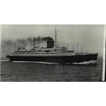 1932 Press Photo New French Liner Champlain on Maiden Voyage to New York