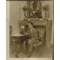 1931 Press Photo Mayor Walker Broadcasting in Berlin Making Speech - lfx06460