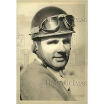 1935 Press Photo Louis Meyer, 2-time Indy 500 winner, ready for 1935 race