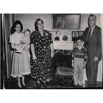 1948 Press Photo Mr. and Mrs. Thomas F. Sullivan of Waterloo, Iowa. - spa17431