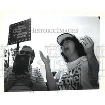 1992 Press Photo Abortion - Leroy Birnbrook and Minka Cooper protest clinic.