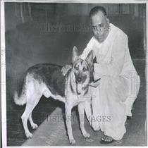 1932 Press Photo Chavan Indian Alsatian New Delhi Pet