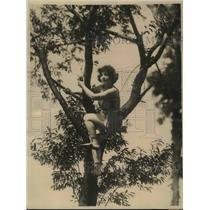 1924 Press Photo Female Boxing Champ Jeanne La Mar at Training Camp  - sbs03387