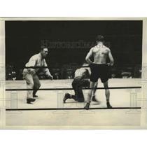 1928 Press Photo Baker Wins Unpopular Verdict Over Young Corbett in Boxing Match