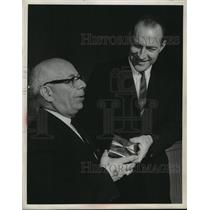 1964 Press Photo Norm Nelson Honored at Century Hall as Tom Marchese Gives Gift