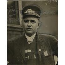 1921 Press Photo Sam Romischer, Motorman Conductor, Cleveland, Ohio - neo03340