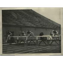 1928 Press Photo John S Collier of Brown vs Charles Webber of USC at hurdles