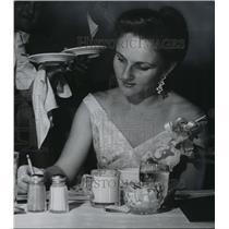 1957 Press Photo Olympic Diving Star Pat McCormick Honored at Eagles Club