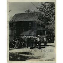 Press Photo Wight's Gristmill in restored Old Sturbridge, Massachusetts.
