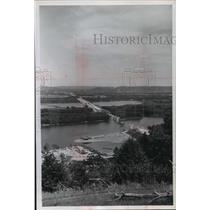 1966 Press Photo Construction of Highway Bridge Across the Mississippi River