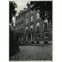 1975 Press Photo Mount Vernon Street Residences in Boston, Massachusetts