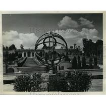 1936 Press Photo Sundial in Formal Garden of Meridian Park Washington, D.C.