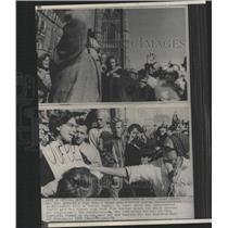 1930 Press Photo Hill Ottawa Woman Grabbed Demonstrator - RRY46373